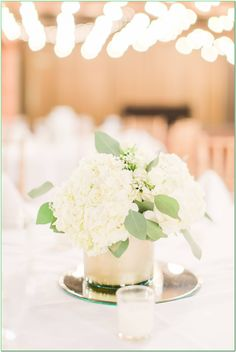 Helpful Advice For Holding Great Wedding Decorations - Budget Wedding Diy Wedding Bouquet, Bridesmaid Bouquet, Floral Wedding, Wedding Flowers, Budget Wedding, On Your Wedding Day, Wedding Ideas, Cheap Wedding Decorations, Wedding Centerpieces