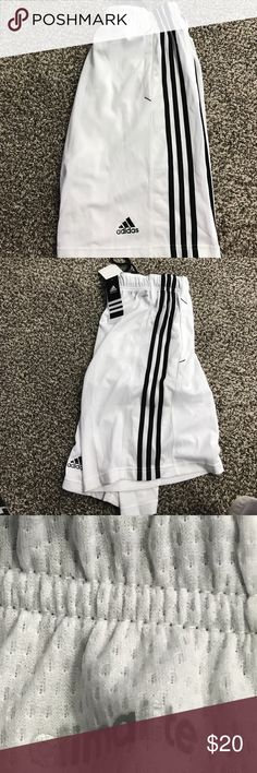 NWT Adidas men's CLIMALITE medium shorts NWT Adidas men's CLIMALITE medium shorts Adidas Shorts Athletic