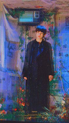 This looks like a painting from Gustav Klimt Night Aesthetic, Aesthetic Art, Daegu, K Pop, Demian Hermann Hesse, Love Yourself 轉 Tear, Bts Love, Hoseok, Namjoon