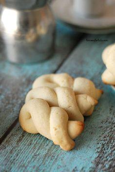Lemon Greek Easter Cookies-- I miss my Aunt Elizabeth and her Greek cookies rolled in powdered sugar every Easter .www.lemonsforlulu.com