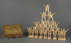 Crandall's Wide Awake Alphabet Wood Toy. #jeu #jouet #toy