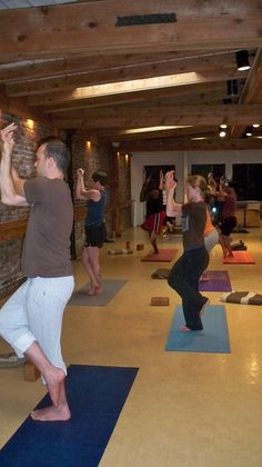 Born in San Francisco, Iyengar Yoga Teacher, Tony Eason has been a student of Yoga for fifteen years.    As a road cyclist, Tony came to yoga for the benefits of stretching.    For five years he studied under Yoga Teacher Mary Friedland. Tony continued t