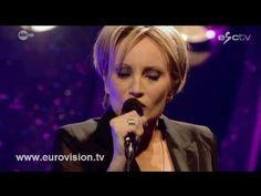 """Patricia Kaas sings """"Et s'il fallait le faire"""" LIVE."""