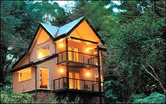 Luxury Treehouse Hotel in Australia   Glamping in Victoria, Australia