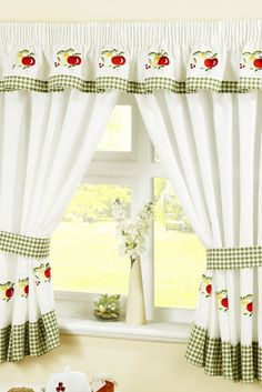 Ways To Decorate A kitchen curtains uk exclusive on home stre Cute Kitchen, Beautiful Kitchen, Kitchen Layout, Free Kitchen Design, Best Kitchen Designs, Curtains Uk, Kitchen Curtains, Kitchen Decor Themes, Kitchen Ideas