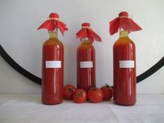 Befőzhetsz paradicsomlét Hot Sauce Bottles, Preserves, Food, Decor, Preserve, Decoration, Essen, Preserving Food, Meals