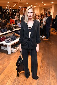 Sarah Brandner during the GraziaxTimberland Style Cocktail in Munich #model #outfits #black #overzise