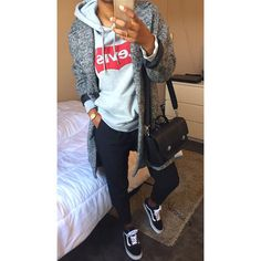 Discover recipes, home ideas, style inspiration and other ideas to try. Tomboy Winter Outfits, Chill Outfits, Dope Outfits, Fall Winter Outfits, Casual Outfits, Fashion Outfits, Tomboy Fashion, Dope Fashion, Urban Fashion