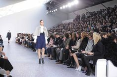 http://www.chloe.com/#/collections/ready-to-wear/winter-runway-2013-2014/fr