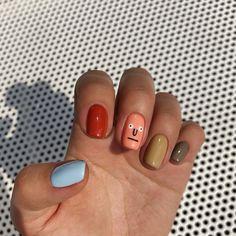 Monday is for changes! Я всегда за перемены, поэтому решила (по крайней мере, на время) расстаться с длиной — теперь у меня тоже малыши-… Nail Designs, Nail Desings, Nail Design, Nail Art Ideas