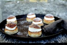 Har du festplaner i nærmeste fremtid? Da er dette kaken for deg å bake, for Cheesecake, Desserts, Food, Tailgate Desserts, Deserts, Cheesecakes, Essen, Postres, Meals