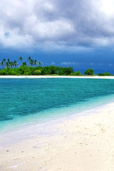 Falling in Love with a Wonderland called Bohol (Philippines) @Just1WayTicket