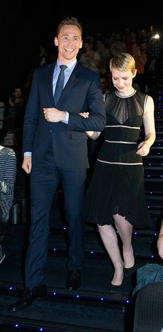 Tom Hiddleston and Mia Wasikowska attend the 'Crimson Peak' Paris Premiere at UGC Cine Cite Bercy on September 28, 2015 in Paris. Full size image: http://ww4.sinaimg.cn/large/6e14d388gw1ewjhucqsflj21kw2dcu0x.jpg Source: Torrilla, Weibo
