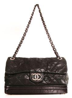 Chanel Shoulder Bag.