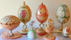 Carved Eggs - Stella Saenz Artes Decorativas