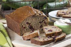 If you& always trying to disguise your veggies so that the gang will eat them, then you& going to love this recipe for Super-Moist Zucchini Bread. This simple quick bread is made with some good-for-you ingredients. Mr Food Recipes, Dessert Recipes, Cooking Recipes, Desserts, Bread Recipes, Moist Zucchini Bread, Soda Bread, Food Test, Easy Bread