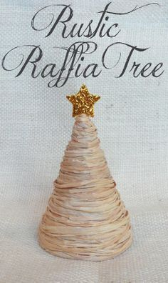 12 Christmas crafts to make this year -rusti Christmas tree Christmas Crafts To Make, Diy Christmas Tree, Homemade Christmas, Rustic Christmas, Christmas Projects, Simple Christmas, All Things Christmas, Winter Christmas, Holiday Crafts