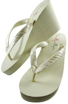 97604f6e73a4f3 bridal flip flops wedding flip flops ivory bridesmaid maid honor flower  girl wedge mother bride or