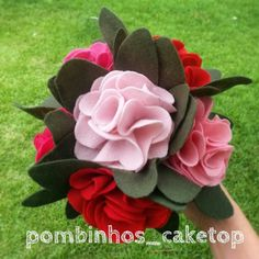 buque-em-feltro-flores-de-feltro