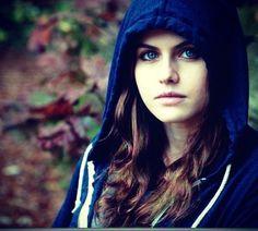 Beautiful Alexandra Daddario