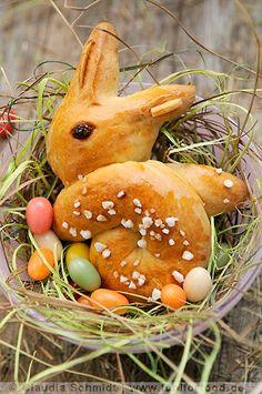 Rezept mit Bild für Hefeteig-Hasen - foolforfood.de ~ Easter/Switzerland....