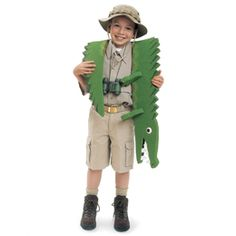 Crocodile wrestler costume DIY