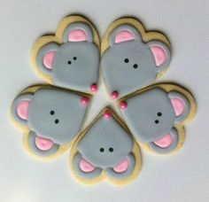 Mouse cookies with a heart cookie cutter Fancy Cookies, Valentine Cookies, Cut Out Cookies, Iced Cookies, Cute Cookies, Cupcake Cookies, Sugar Cookies, Christmas Cookies, Cookie Favors