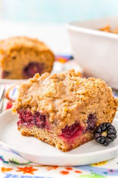 Blackberry Coffee Cake is a sweet breakfast cake loaded with brown sugar and a layer of fresh blackberries that are bursting with flavor! Blackberry Coffee Cakes, Blackberry Recipes, Best Cake Recipes, Dessert Recipes, Desserts, Favorite Recipes, Dessert Bars, Yummy Recipes, Cooking Recipes