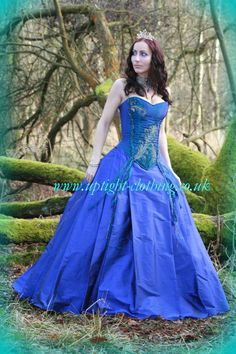 Woodland forest green hourglass corset wedding dress with for Peacock feather wedding dress vera wang 2009