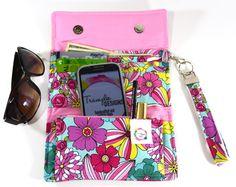 Clutch Wallets, Stylish Wallets, Women's Wallets, Female Wallets, Trifold Wallets, Ladies Wallets, Pink Wallet, Wristlet Purse - pinned by pin4etsy.com #accessories #wallets #womens #fashion #pink #flowers #wristlet #bags #