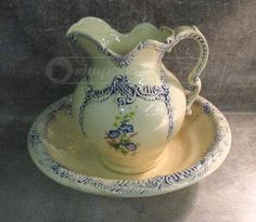 Large Arnel's Ceramic Pitcher & Basin