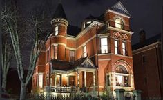 Extraordinary Property of the Day: Historic Queen Anne Victorian Splendor in Newport Kentucky. See link in bio for more. Newport Kentucky, Mansions For Sale, Newel Posts, Grand Staircase, Historical Architecture, Guest Suite, Real Estate Companies, Neoclassical, House
