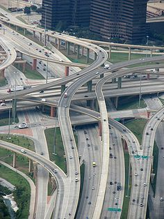The High Five in Dallas, Texas, United States: an example of interchange design. This is a complicated five-level stack interchange due to the proximity of frontage roads.
