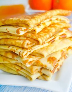 This classic crepe recipe will be your new favorite! The best party is when you make crepes you can fill them with your favorite fillings! But I have to say that banana and Nutella are my favs! Breakfast Recipes, Dessert Recipes, Food Tags, Crepe Recipes, Pancakes And Waffles, Breakfast Pancakes, Love Food, Sweet Recipes, Snacks