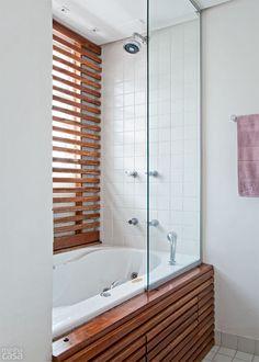 Apartamento de 72 m² ganha cozinha aberta, closet e banheira - Casa #banheiro #banheira