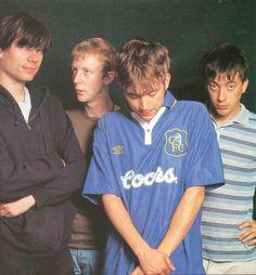 Music Life, August 1995 Graham with his hand on his hip Gorillaz, Blur Band, Charlie Brown Jr, Going Blind, Sufjan Stevens, Damon Albarn, Britpop, Music Promotion, Best Bud