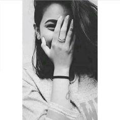 Cute Girl Poses, Girl Photo Poses, Best Photo Poses, Teen Photography Poses, Teenage Girl Photography, Life Photography, Beautiful Girl Photo, Cute Girl Photo, Stylish Photo Pose