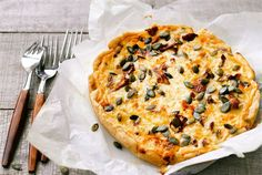 Eat To Live, Hawaiian Pizza, Cheddar, Vegetable Pizza, Quiche, Baking, Breakfast, Recipes, Food