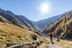 Val Trupchun: schöne Herbstwanderung im Engadin - Wandertipps Mountains, Nature, Travel, Nice Asses, Naturaleza, Viajes, Trips, Nature Illustration, Outdoors