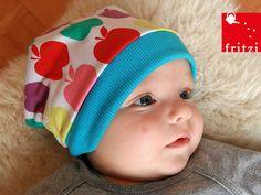 Babymütze zum Wenden // Reversible baby's hat by Fritzi via DaWanda.com