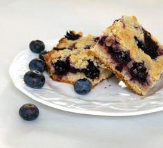 Gourmet Girl: RECIPE: Blueberry Crumb Bars