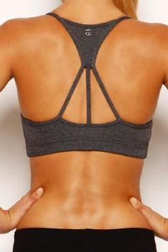 Show off your sexy back with this Lorna Jane sports bra. #LornaJane #MDRStyle #FitStyle