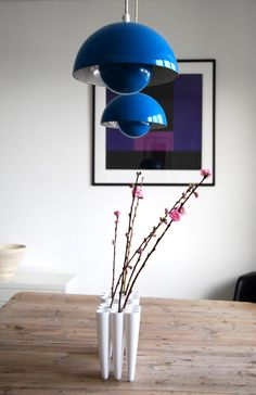 """Verner Panton Flower Pot Lamp in blue👌 👉www. Interior Styling, Interior Decorating, Interior Design, Wall Colors, House Colors, Scandinavia Design, Scandinavian Interior, Mid Century Design, Danish Design"