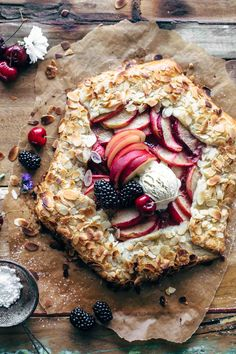 Almond Peach Galette is a lovely summer recipe. The key to making this galette is to prepare the crust ahead of time. I usually let mine… Tart Recipes, Fruit Recipes, Summer Recipes, Sweet Recipes, Baking Recipes, Dessert Recipes, Bbq Dessert, Eat Dessert First, Just Desserts