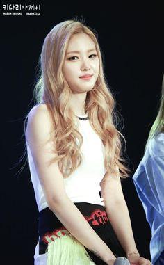 Apink Naeun at Tencent Kpop
