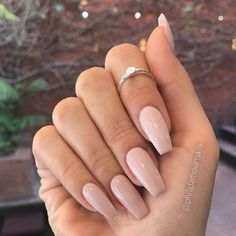 Acrylic Nails Coffin Looking for a whole new nail look? Coffin acrylic nails are a must try this year. We've rounded up 40 of the best acrylic nails coffin ideas for you. Perfect Nails, Gorgeous Nails, Pretty Nails, Fabulous Nails, Nude Nails, Gel Nails, Coffin Nails, Toenails, Nagel Gel