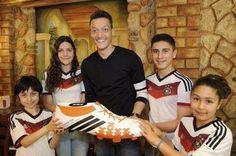 G.H.: Craque da Alemanha vai pagar cirurgia de 23 crianç...