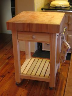 For high-quality custom-made kitchen trolley units, contact the experts at Exmoor Furniture to discuss your specific requirements. Butchers Block Trolley, Kitchen Trolley, Bespoke Furniture, Classic Furniture, Unique Furniture, Cheap Kitchen, Kitchen And Bath, Hanging Wood Shelves, Butcher Block Top