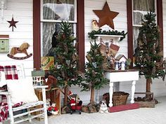 And this would be why I need a big ole country porch!!  (suesjunktreasures.blogspot.com) good idea for Christmas / winter decorating
