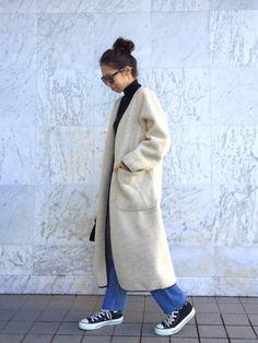 モコモコボアコート(*´ェ`*) シンプルに着てみました。 instagram→yyuriel